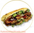 Pollo asado y postres árabes
