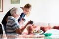Se busca auxiliares ayuda a domicilio o atencion sociosanitaria para personas dependientes
