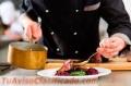 Urgen camareros, cocineros y ayudantes para empresas del sector de la restauración